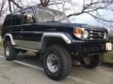 Toyota Land Cruiser 77